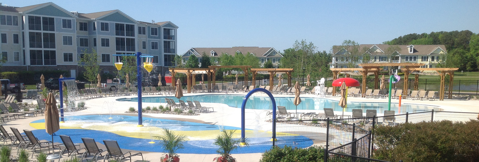 Lewes_Rehoboth_Milford_Delaware_clubhouse_pools